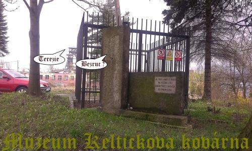 2-Terezie - dříve hl. brána dolu P. Bezruč-x